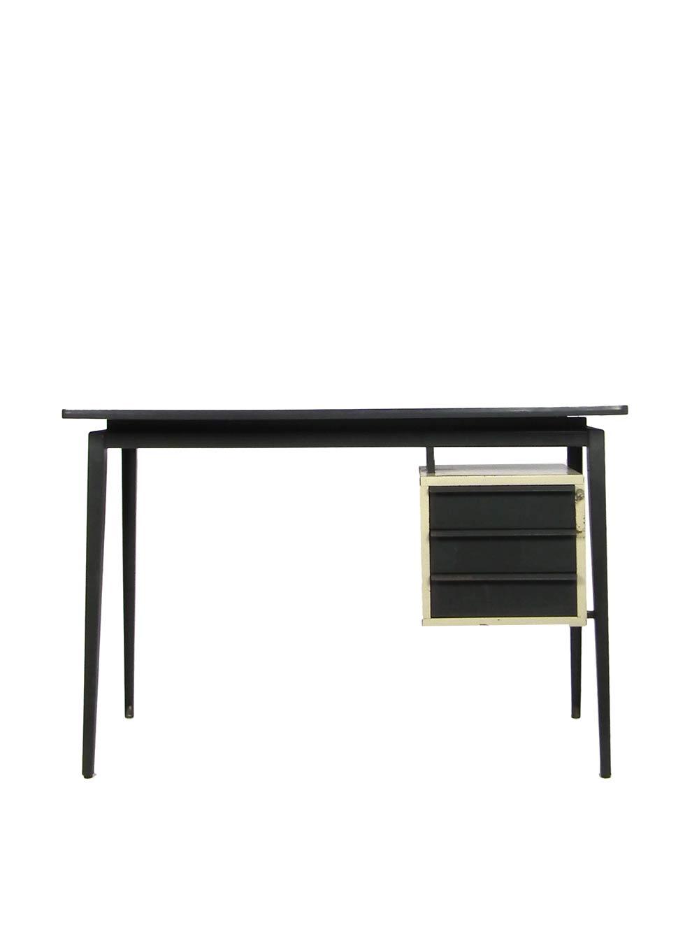 Marko desk