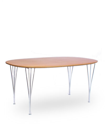 Super-Elliptical table – Fritz Hansen – P. Hein