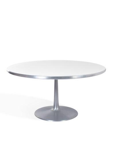 grote ronde eetkamer tafel