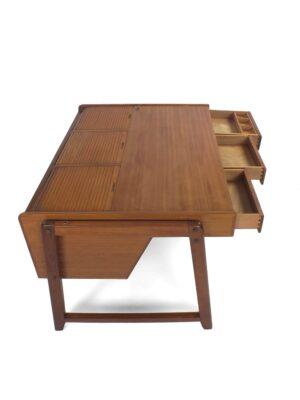 Desk – Clausen & Maerus