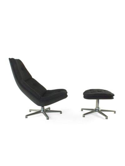 Artifort chair with hocker