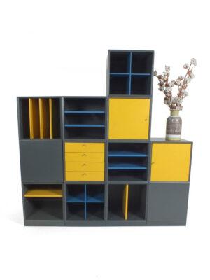modulaire blauw gele kast pastoe