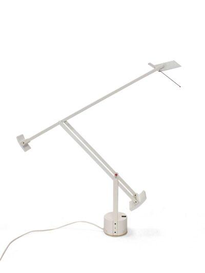 Witte bureaulamp Tizio 50 – Artemide – R. Sapper